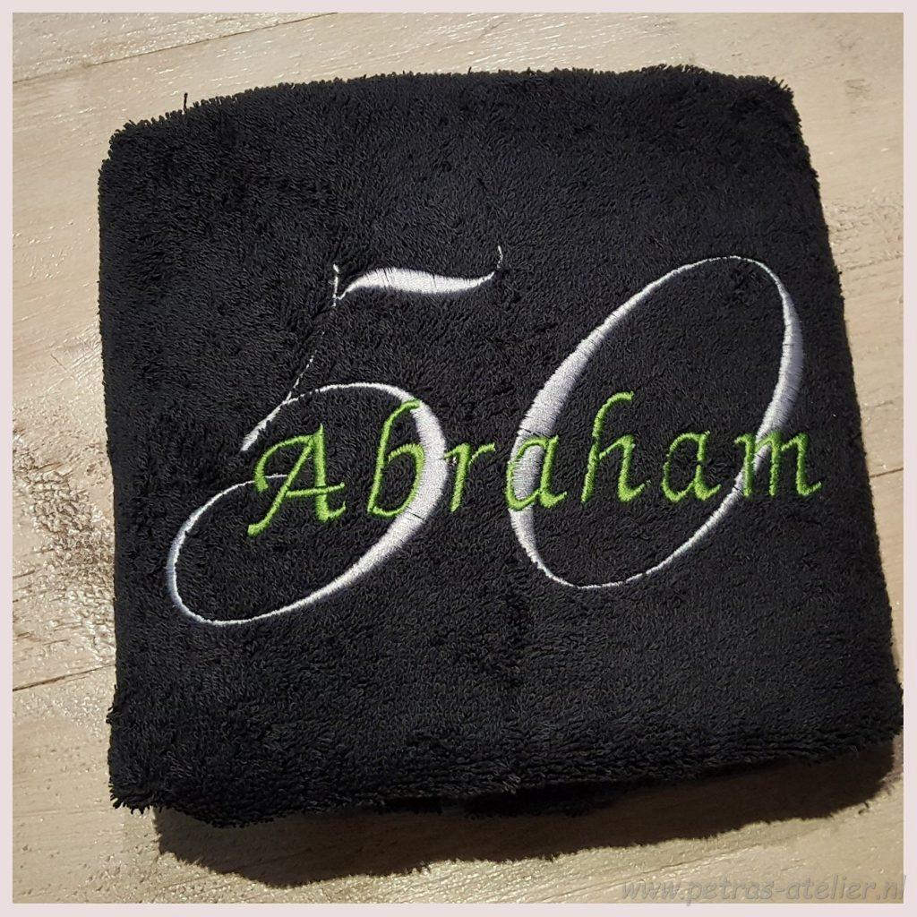 Abraham cadeau geborduurd
